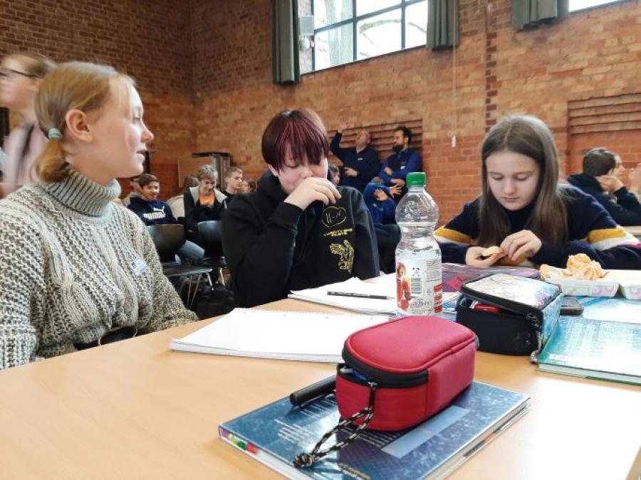 1. Teilnahme unserer Gesamtschule am Chemiewettbewerb in Kleinmachnow