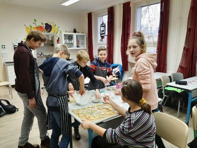 Grüne Schule die Zweite und Freude schenken